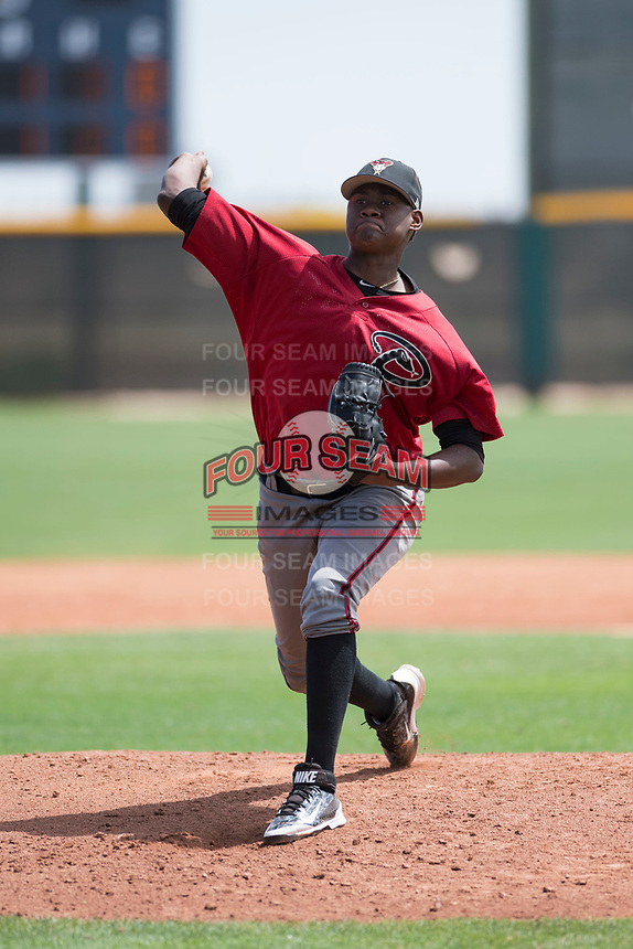 Arizona Diamondbacks starting pitcher Wilfry Cruz (11) delivers a pitch during an Extended Spring Training game against the Cleveland Indians at the Cleveland Indians Training Complex on May 27, 2018 in Goodyear, Arizona. (Zachary Lucy/Four Seam Images)