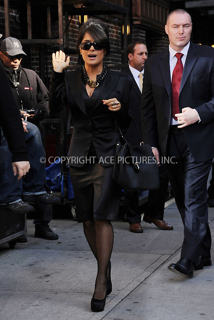 WWW.ACEPIXS.COM . . . . . .October 10, 2012...New York City.... Salma Hayek arrives to tape an appearance on the Late Show with David Letterman on October 10, 2012  in New York City....Please byline: KRISTIN CALLAHAN - ACEPIXS.COM.. . . . . . ..Ace Pictures, Inc: ..tel: (212) 243 8787 or (646) 769 0430..e-mail: info@acepixs.com..web: http://www.acepixs.com .