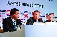 RIO DE JANEIRO, RJ, 30 AGOSTO 2012-FIFA-ENTREVISTA COLETIVA- Ronaldo, membro do COL, o secretário-geral da FIFA, Jerome Valcke, e Jose Maria Marin, Presidente do COL,na entrevista coletiva realizada pelo Comitê Organizador Local (COL) da Copa do Mundo da FIFA 2014, posterior à reunião de Diretoria do COL, no dia 30 de agosto de 2012, no Rio de Janeiro, no Hotel Windsor, na Barra da Tijuca, zona oeste do Rio de Janeiro.(FOTO:MARCELO FONSECA/BRAZIL PHOTO PRESS).