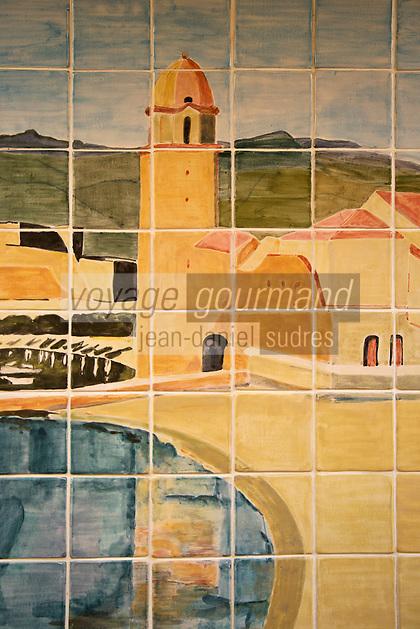 Europe/France/Languedoc-Roussillon/66/Pyrénées-Orientales/Collioure: Hôtel-Restaurant: La Balette _ Carrelages peints représentant  le village