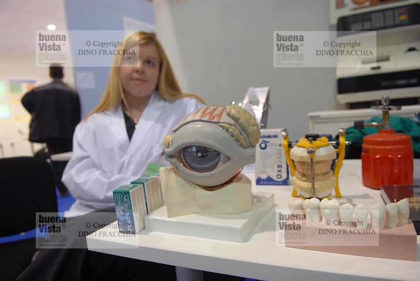 - Expo of Human Capital and Innovation at the Milan Fair,..professional school  for optician, optometrist and dental technician....- Expo del Capitale Umano e dell'Innovazione alla Fiera di Milano, scuola professionale per ottico, optometrista e odontotecnico
