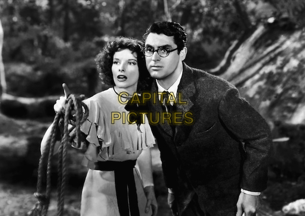 Katharine Hepburn & Cary Grant .in Bringing Up Baby.*Filmstill - Editorial Use Only*.CAP/PLF.Supplied by Capital Pictures.