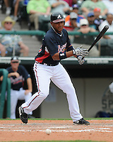 17 March 2009: Diory Hernandez of the Atlanta Braves in a game against the New York Mets at the Braves' Spring Training camp at Disney's Wide World of Sports in Lake Buena Vista, Fla. Photo by:  Tom Priddy/Four Seam Images