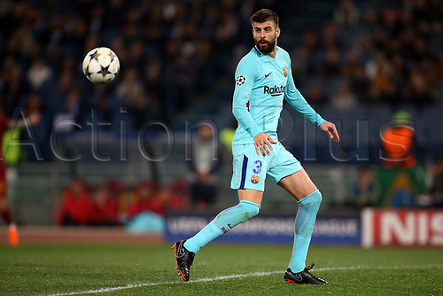 10th April 2018, Stadio Olimpico, Rome, Italy; UEFA Champions League football, quarter final, second leg; AS Roma versus FC Barcelona; Gerard Pique of Barcelona controls the high  ball