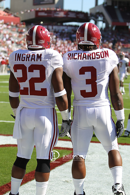 Alabamas one-two punch of Alabama Crimson Tide running back Mark Ingram (22) and Alabama Crimson Tide running back Trent Richardson (3) just prior to the start of their game with the Gamecocks.  South Carolina leads 21 over Alabama 9 at  the half.