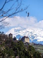 Schloss Tirol bei Meran-Merano, Provinz Bozen &ndash; S&uuml;dtirol, Italien<br /> Castle Tirol, Meran-Merano, province Bozen-South Tyrol, Italy