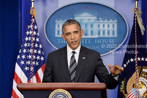 United States President Barack Obama delivers a statement on the budget, a possible US government shutdown and foreign policy, at the White House in Washington DC, USA, 27 September 2013.<br /> Credit: Michael Reynolds / Pool via CNP