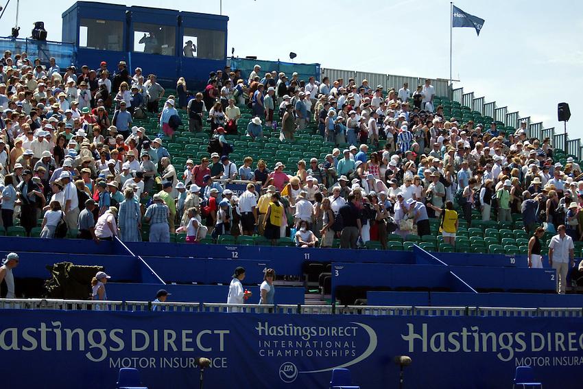 Photograph: Scott Heavey..Hastings Direct International Championships at Eastbourne. 21/06/2003..Devonshire Park