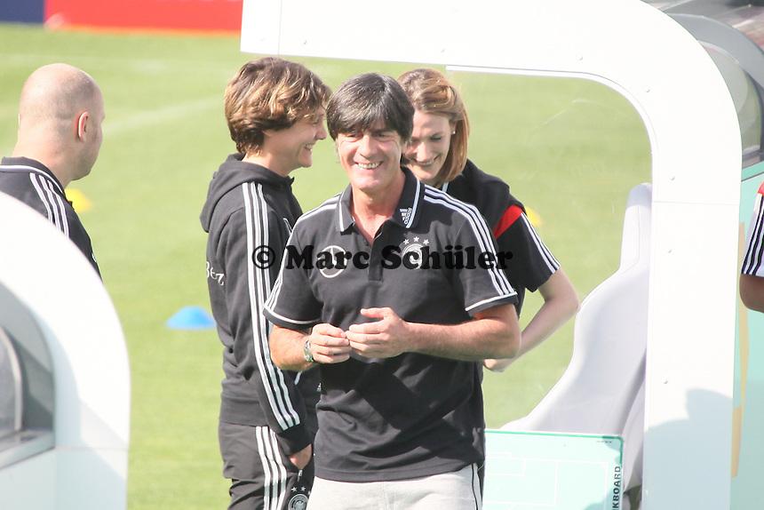 Bundestrainer Joachim Löw - Testspiel der Deutschen Nationalmannschaft gegen die U20 zur WM-Vorbereitung in St. Martin