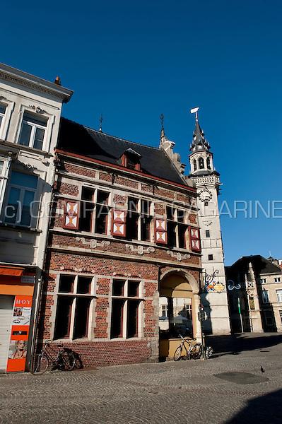 The Borse van Amsterdam and Oud-Schepenhuis in Aalst (Belgium, 04/08/2009)