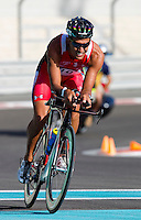 12 MAR 2011 - ABU DHABI, UAE - Chris McCormack - Abu Dhabi International Triathlon (PHOTO (C) NIGEL FARROW)