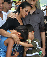 .Relatives of Jennifer Carolina Viera de Valero, wife of  Venezuelan boxer Edwin  Inca Valero.Valero killed himself April 17th in a jail aftert being arrested for the murder of his wife.