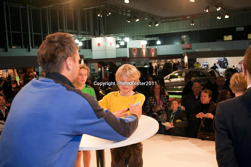 09-02-11Tennis, Rotterdam, ABNAMROWTT,  Handtekening Soderling