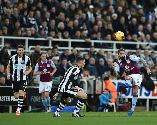 February 20th 2017, St James Park, Newcastle, England; Skybet Championship football, Newcastle versus Aston Villa; Henri Lansbury of Aston Villa crosses the ball