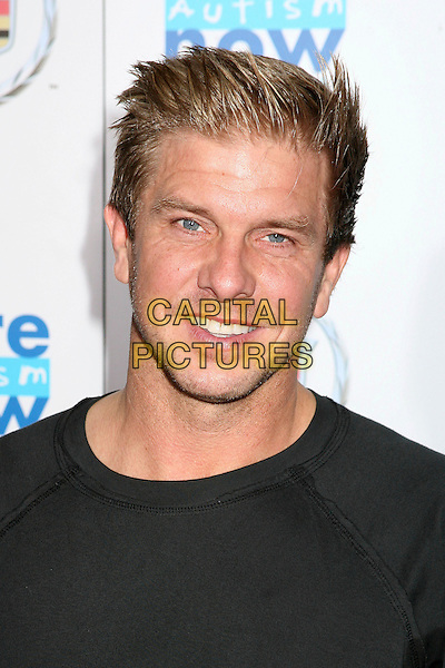 """KENNY JOHNSON.""""Acts Of Love: Dreams"""" to Benefit Cure Autism Now Foundation at the Geffen Playhouse, Westwood, California, USA..September 18th, 2006.Ref: ADM/BP.headshot portrait.www.capitalpictures.com.sales@capitalpictures.com.©Byron Purvis/AdMedia/Capital Pictures."""