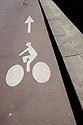 Paris, France. 09.05.2015. Cycle Path Sign, Jardin des Plantes, Paris, France. Photograph © Jane Hobson