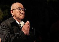 SAO PAULO, SP, 05 DE AGOSTO 2012 - II TOORO NAGAGASHI - Takashi Morita, sobrevivente da bomba nuclear de Hiroshima durante homenagem  dos 67 anos da bomba atômica de Hiroshima, o Parque do Ibirapuera celebra a segunda edição do Tooro Nagashi (Luzes da Paz) na noite deste domingo. FOTO: VANESSA CARVALHO / BRAZIL PHOTO PRESS.