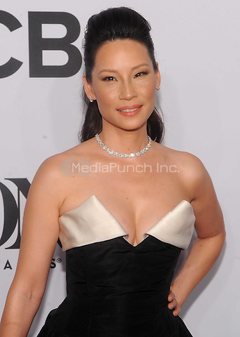 New York, NY- June 8:  Lucy Liu attend the American Theater Wing's 68th Annual Tony Awards on June 8, 2014 at Radio City Music Hall in New York City. (C)  Credit: John Palmer/MediaPunch
