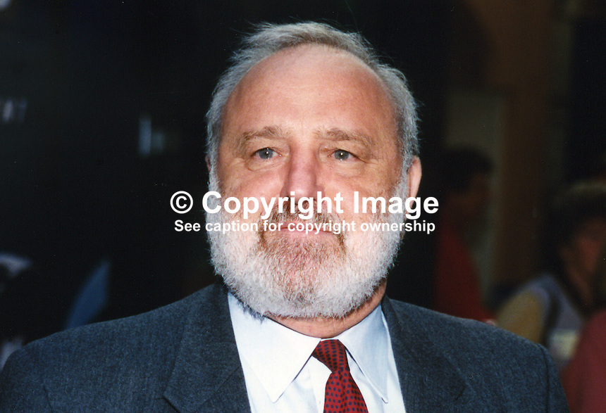 Frank Dobson, MP, Labour Party, UK, 199611010FD1..Copyright Image from Victor Patterson, 54 Dorchester Park, Belfast, UK, BT9 6RJ..Tel: +44 28 9066 1296.Mob: +44 7802 353836.Voicemail +44 20 8816 7153.Skype: victorpattersonbelfast.Email: victorpatterson@mac.com.Email: victorpatterson@ireland.com (back-up)..IMPORTANT: If you wish to use this image or any other of my images please go to www.victorpatterson.com and click on the Terms & Conditions. Then contact me by email or phone with the reference number(s) of the image(s) concerned.