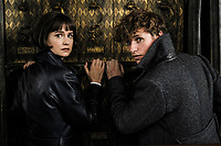 Fantastic Beasts: The Crimes of Grindelwald (2018) <br /> KATHERINE WATERSTON as Tina and EDDIE REDMAYNE as Newt<br /> *Filmstill - Editorial Use Only*<br /> CAP/KFS<br /> Image supplied by Capital Pictures