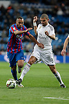 Real Madrid´s Pepe (R) and Levante´s El Zhar during La Liga match at Santiago Bernabeu stadium in Madrid, Spain. March 15, 2015. (ALTERPHOTOS/Victor Blanco)