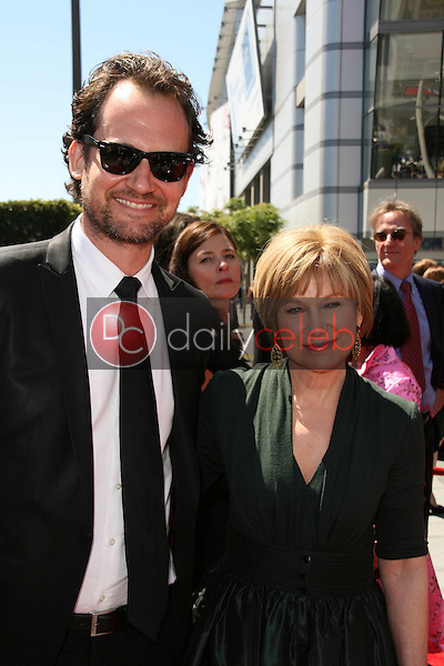 Johnny Sneed and Mary Kay Place<br />