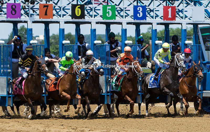 ELMONT, NY - JUNE 10: The field exits the gate at the start of the Brooklyn Invitational Stakes on Belmont Stakes Day at Belmont Park on June 10, 2017 in Elmont, New York. (Photo by Sue Kawczynski/Eclipse Sportswire/Getty Images)