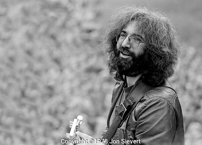 Jerry Garcia, Golden Gate Park, San Francisco, Sept 28, 1975