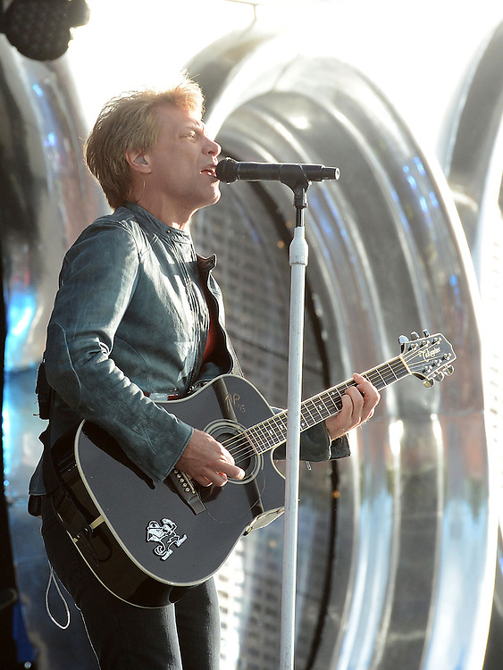 Bon Jovi performing at Slane castle. Photo:Colin Bell/pressphotos.ie