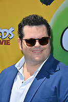 "LOS ANGELES, USA. August 10, 2019: Josh Gad at the premiere of ""The Angry Birds Movie 2"" at the Regency Village Theatre.<br /> Picture: Paul Smith/Featureflash"