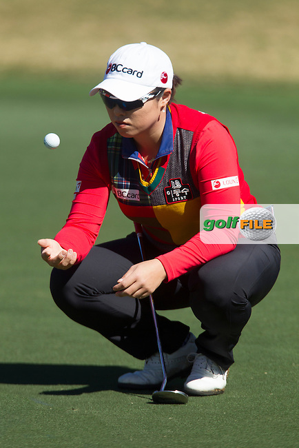 Ha ha Jang lines up her putt on the 18th green,  during the Second day of the Second round of the LPGA Coates Golf Championship 2016 , from the Golden Ocala Golf and Equestrian Club, Ocala, Florida. 5/2/16<br /> Picture: Mark Davison | Golffile<br /> <br /> <br /> All photos usage must carry mandatory copyright credit (&copy; Golffile | Mark Davison)