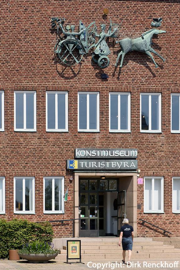 Kunstmuseum am St.Knuds Torg, Ystad, Provinz Sk&aring;ne (Schonen), Schweden, Europa<br /> Museum of Arts at St.Knuds Torg in Ystad, Sweden