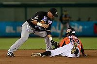 Jerry Owens de naranjeros , durante el juego de beisbol de Naranjeros vs Cañeros durante la primera serie de la Liga Mexicana del Pacifico.<br /> 15 octubre 2013