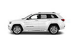 Car Driver side profile view of a 2018 JEEP Grand-Cherokee Overland 5 Door SUV Side View
