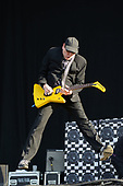Jun 11, 2011: CHEAP TRICK - Download Festival Day 2