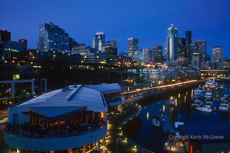 Seattle skyline and Pier 66 waterfront at night