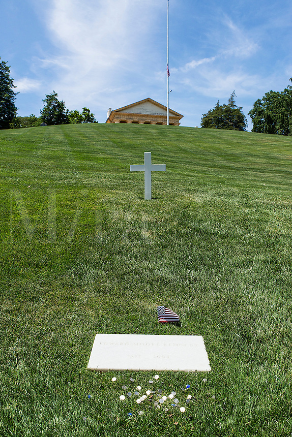 Edward Moore Kennedy Grave, Arlington Cemetery, Virginia, USA