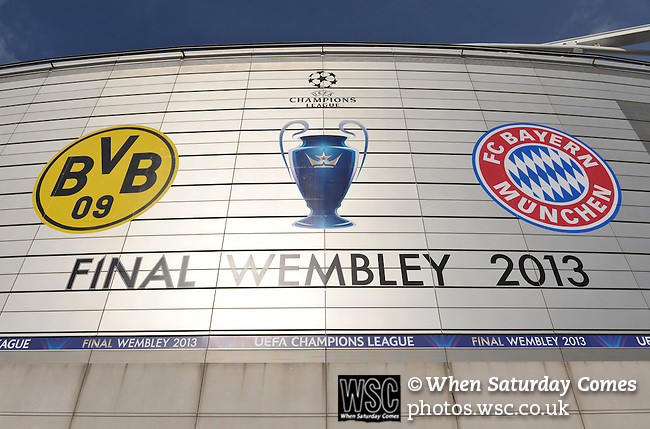 Bayern Munich 2 Borussia Dortmund 1, 25/05/2013. Wembley Stadium, Champions League Final. The first all-German Champions League final pitched Bayern, dominent domestically all season, against a Dortmund team who have troubled them so often in recent years. Photo by Simon Gill.