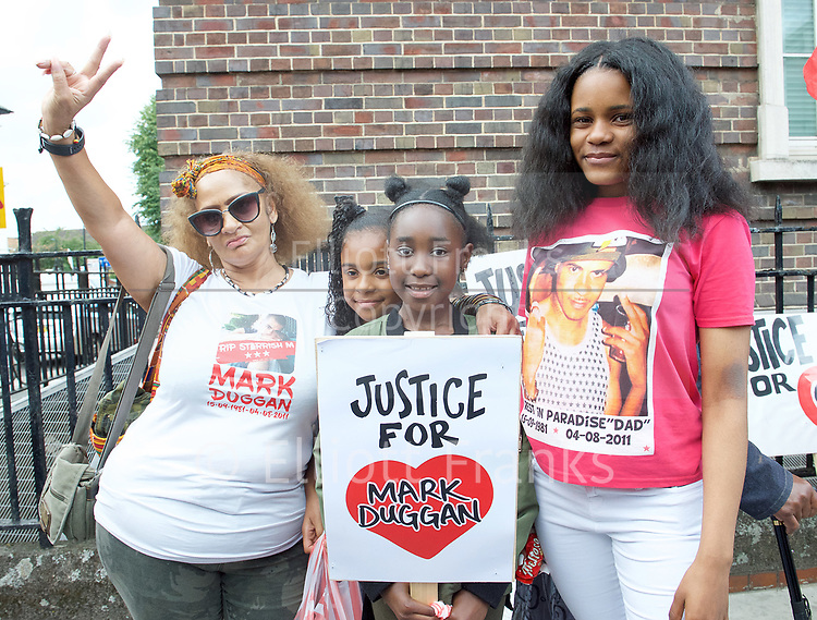 Mark Duggan <br /> march and demonstration / vigil at the Broadwater Estate and outside Tottenham Police Station, Tottenham, London, Great Britain <br /> 4th August 2017 <br /> <br /> on the 6th anniversary after he was killed in 2011. <br /> <br /> Shania Duggan (daughter) far right <br /> <br /> <br /> Photograph by Elliott Franks <br /> Image licensed to Elliott Franks Photography Services