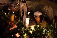 CIDADE DO MÉXICO-MÉXICO, 02.11.2016-MORTOS-MEXICO: Movimentação no cemitério San Andres de Mixquic, nesta quarta-feira, 02. (Foto: Bete Marques/Brazil Photo Press)