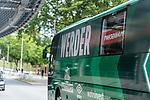 07.07.2020, Trainingsgelaende am wohninvest WESERSTADION,, Bremen, GER, 1.FBL, Werder Bremen - der Tag nach Heidenheim, im Bild<br /> <br /> <br /> die def. Fensterscheibe des Mannschaftsbusses<br /> <br /> <br /> Foto © nordphoto / Kokenge