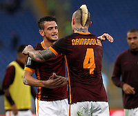 Calcio, Serie A: Roma vs Lazio. Roma, stadio Olimpico, 8 novembre 2015.<br /> Roma's Alessandro Florenzi, left, greets teammate Radja Nainggolan at the end of the Italian Serie A football match between Roma and Lazio at Rome's Olympic stadium, 8 November 2015. Roma won 2-0.<br /> UPDATE IMAGES PRESS/Isabella Bonotto