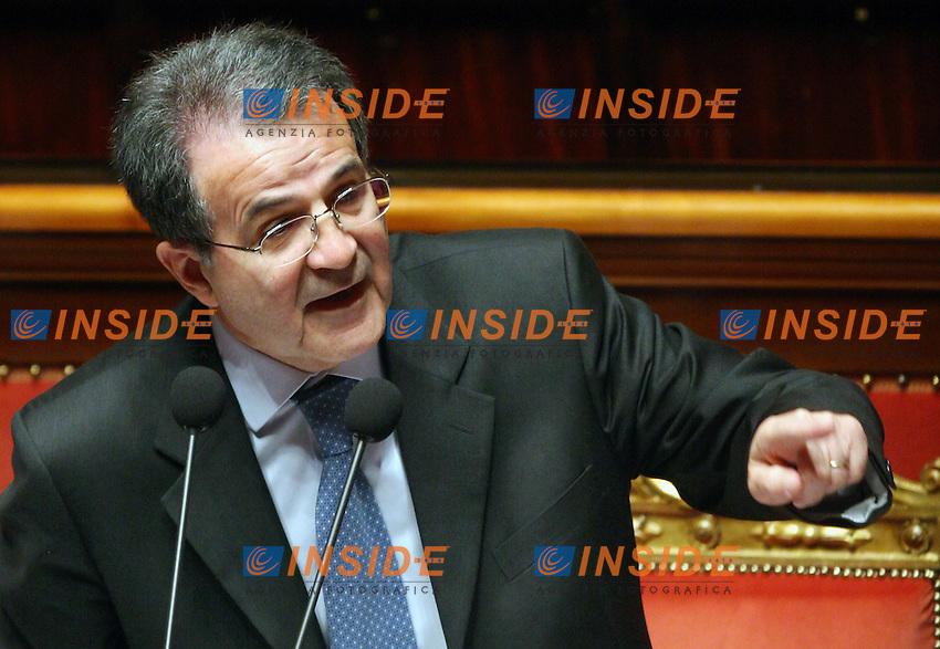 Roma, 19-05- 2006  Senato:Votazione per la Fiducia<br /> Nella foto il presidente del Consiglio Romano Prodi<br /> Photo Serena Cremaschi Insidefoto