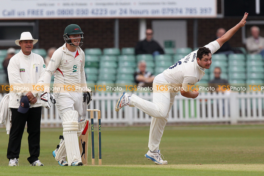 Jesse Ryder in bowling action for Essex - Leicestershire CCC vs Essex CCC - LV County Championship Division Two Cricket at Grace Road, Leicester - 15/09/14 - MANDATORY CREDIT: Gavin Ellis/TGSPHOTO - Self billing applies where appropriate - contact@tgsphoto.co.uk - NO UNPAID USE