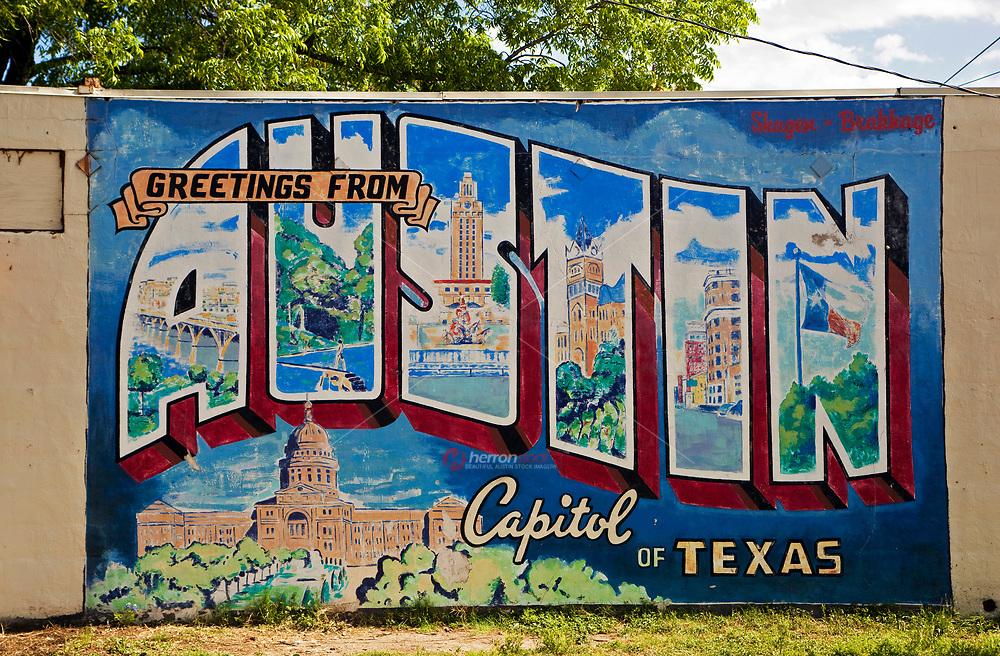 Saludos desde Austin Capital de Texas Mural de Tarjeta Postal, una atracción popular con turistas, Puerta a el Sur de Austin, Texas