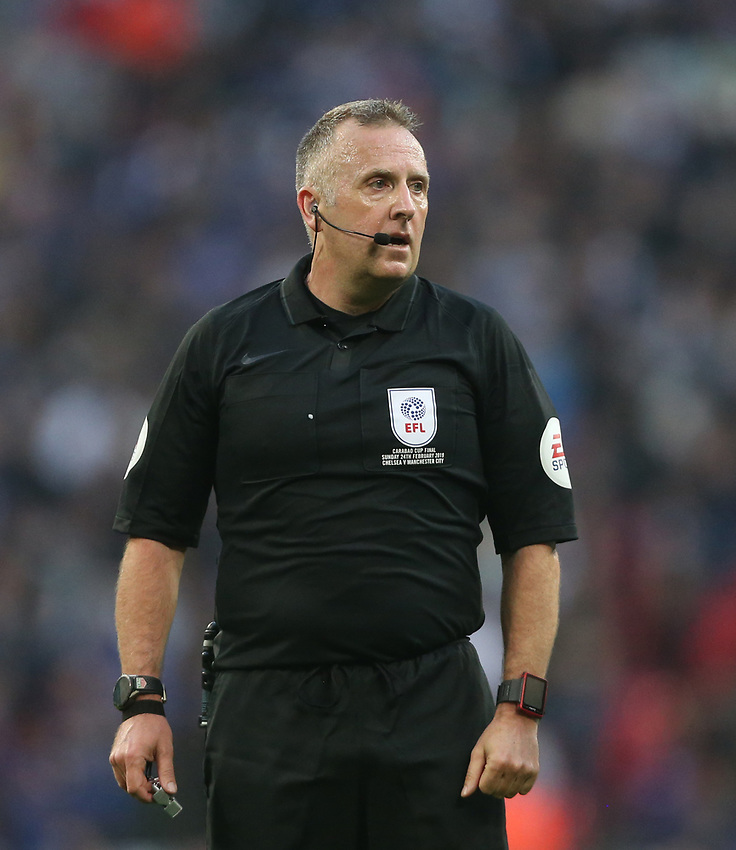 Referee Jon Moss<br /> <br /> Photographer Rob Newell/CameraSport<br /> <br /> The Carabao Cup Final - Chelsea v Manchester City - Sunday 24th February 2019 - Wembley Stadium - London<br />  <br /> World Copyright © 2018 CameraSport. All rights reserved. 43 Linden Ave. Countesthorpe. Leicester. England. LE8 5PG - Tel: +44 (0) 116 277 4147 - admin@camerasport.com - www.camerasport.com