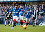 02.02.2019 Rangers v St Mirren: James Tavernier fails to convert his second spot kick