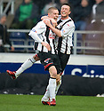 :: CALUM WOODS CELEBRATES AFTER HE SCORES DUNFERMLINE'S FIRST  ::