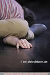 Import/Export création au théâtre de la Ville de Paris le 16 janvier 2007.concept, mise en scène Koen Augustijnen.conseil musique baroque,alto Steve Dugardin.composition, arrangement musical.Guy Van Nueten d?après Charpentier,.Clérambault, Couperin, Hahn et Lambert.décor Jean Bernard Koeman.dramaturgie Guy Cools.conseil chorégraphique et de mouvement.Ted Stoffer.lumières Carlo Bourguignon.costumes Lies Van Assche.crée et dansé par.Lazara Rosell Albear, Koen Augustijnen,.Marie Bauer, Juan Benitez,.Gaël Santisteva, Milan Szypura.et le QUATUOR À CORDES KIRKE.Eva Vermeeren, Saartje De Muynck violon.Evelien Vandeweerdt alto.Herlinde Verheyden violoncelle