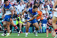 Mason Lino looks to pass. Sydney Roosters v Vodafone Warriors, NRL Rugby League. Allianz Stadium, Sydney, Australia. 31st March 2018. Copyright Photo: David Neilson / www.photosport.nz